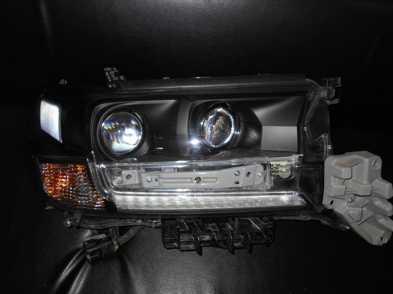 Покраска фар  Toyota Land Cruiser 200 EXECUTIVE